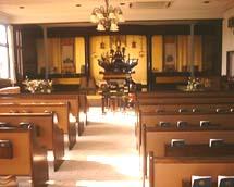 教会風イス式本堂